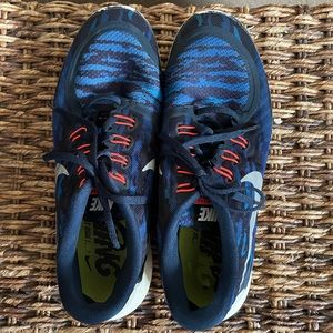 Woman's Nike free 5.0 running tennis shoes sz 10